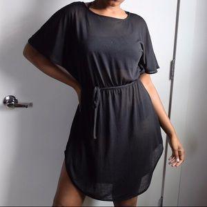 Black tie waist midi dress!